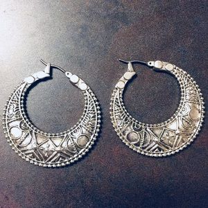 Lucky Brand patterned hoops
